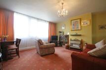 3 bedroom Flat in Hersham Close, London