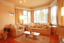 Flat to rent in Manorfields, Putney