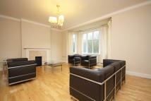 4 bedroom Flat in Putney Hill, Putney