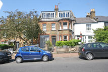 1 bedroom Flat to rent in Medfield Street, Putney