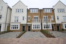 4 bed home in Emerald Square, Putney