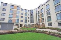 2 bed Flat for sale in Garden Road, Richmond
