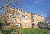 1 bed Flat in Lower Mortlake Road...