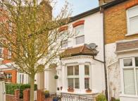 4 bedroom house in Amyand Park Road...