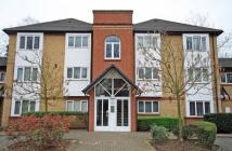Flat for sale in Heathcote Road...