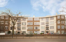 1 bed Flat in The Grove, St Margarets