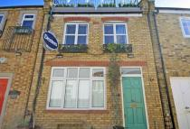 2 bedroom property for sale in Bridle Lane, St Margarets