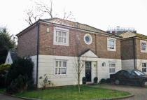 4 bedroom property in Mill Plat, Old Isleworth
