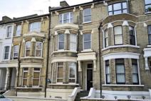 2 bed Flat in St Margarets Road...
