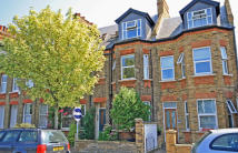 1 bedroom Flat for sale in Amyand Park Road...
