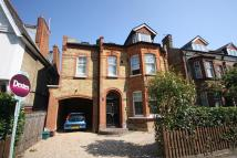 2 bed Flat in Berrylands Road, Surbiton