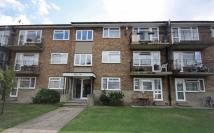 2 bedroom Flat for sale in Verona Drive, Surbiton