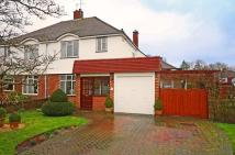 3 bedroom semi detached property for sale in Oaks Way, Surbiton