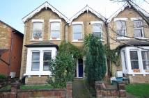 Flat in Ellerton Road, Surbiton