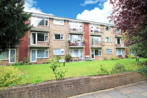 Flat to rent in Lovelace Road, Surbiton