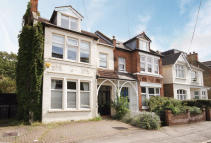 5 bed house in King Charles Road...
