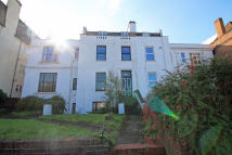 1 bedroom Flat to rent in St Marks Hill, Surbiton