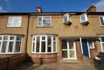 3 bed property in Tolworth Road, Surbiton