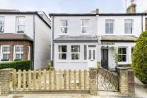 3 bedroom property in Douglas Road, Surbiton