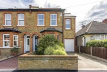 4 bed property in Douglas Road, Surbiton