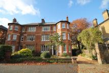2 bed Flat in Adelaide Road, Surbiton