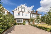 4 bedroom property for sale in Avondale Avenue, Esher