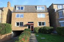 2 bed Flat in The Avenue, Surbiton