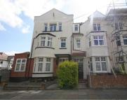 2 bedroom Flat for sale in Guilford Avenue, Surbiton