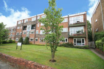 Flat in Lovelace Road, Surbiton