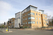 Flat for sale in Lamberts Road, Surbiton