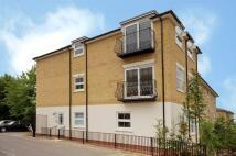 2 bedroom Flat in Portsmouth Road, Surbiton