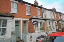 2 bed home in York Road, Teddington