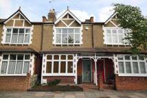 2 bedroom property to rent in Christchurch Avenue...