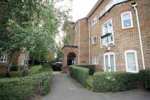Flat to rent in Trematon Place...