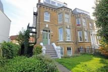 Flat to rent in Stanley Road, Teddington