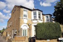 3 bed Flat to rent in Victor Road, Teddington