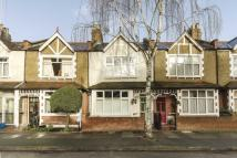 4 bedroom house in Christchurch Avenue...