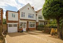 Teddington Park Road property for sale