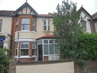 Flat in Stanley Road, Teddington