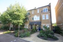 4 bed home in Admiralty Way, Teddington