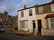 3 bed End of Terrace house to rent in North Lane, Teddington...