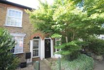 3 bed house in Fulwell Road, Teddington