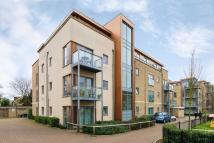 Flat for sale in Southcott Road...
