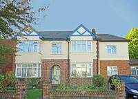 5 bedroom property in Clonmel Road, Teddington