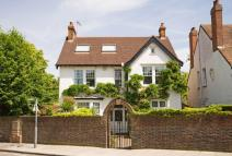 5 bedroom Detached home for sale in Waldegrave Road...