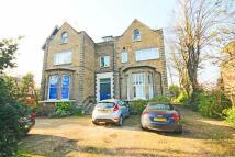 2 bedroom Flat in Hampton Road, Twickenham...