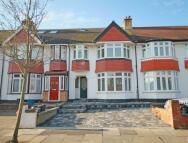 4 bedroom house to rent in Egerton Road, Twickenham