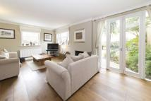 3 bed house in Barneby Close, Twickenham