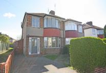 3 bed house in Harvey Road, Whitton