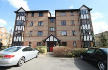 1 bedroom Flat for sale in Varsity Drive, Twickenham